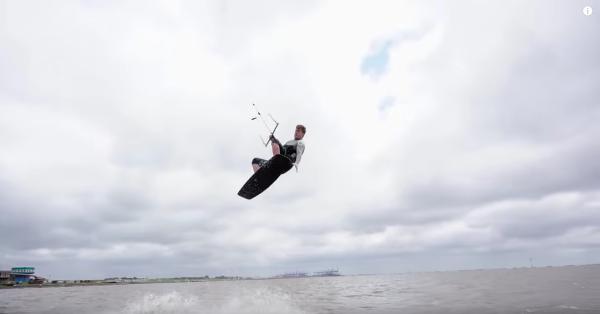 frontroll-one-foot-kitesurfen-lernen